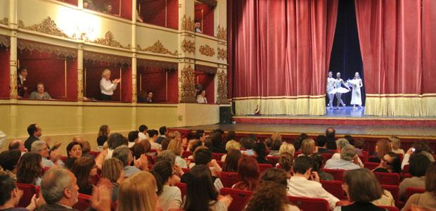 teatrocomunale_platea